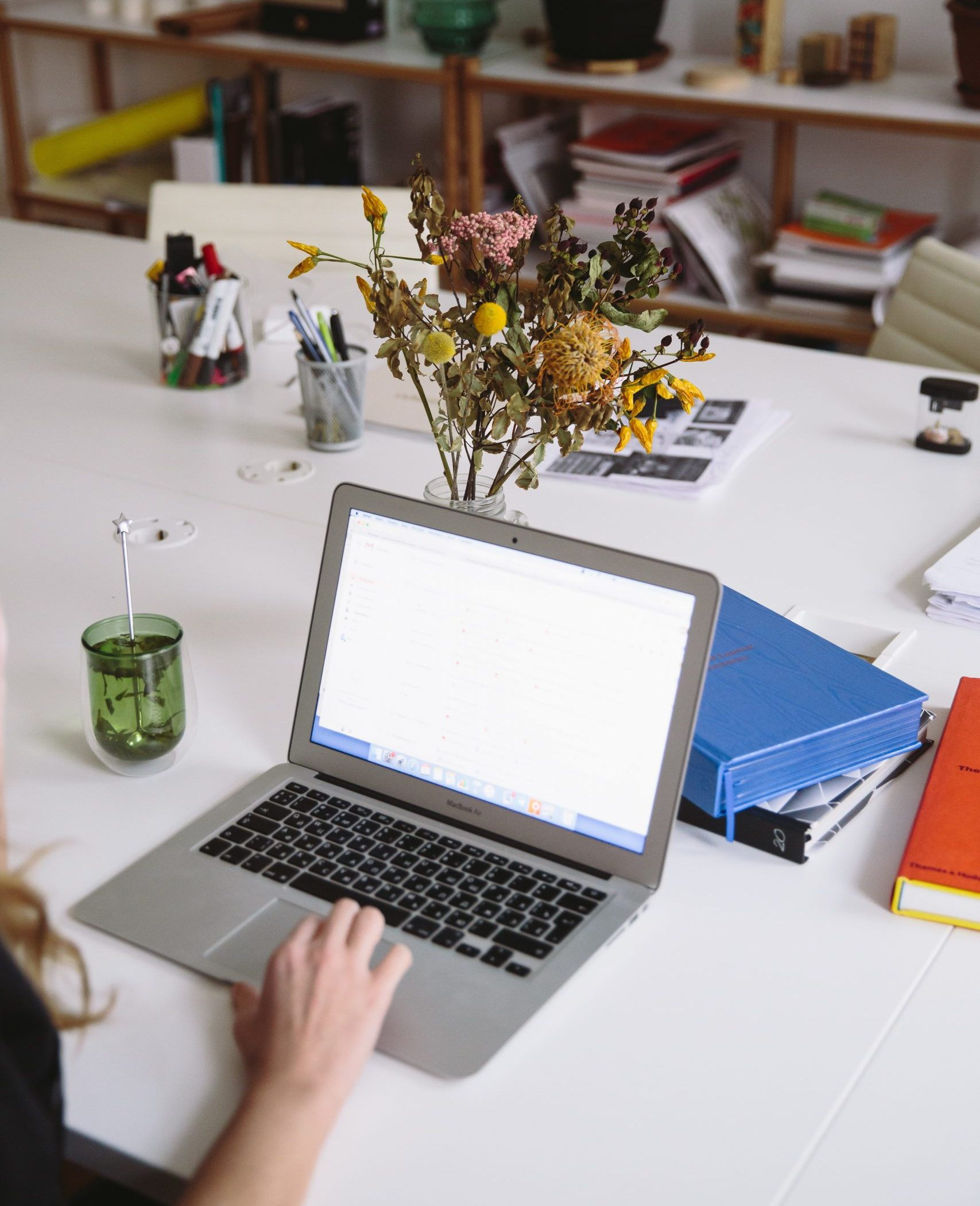 virtual-sales-training-on-laptop