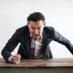 sales-leader-yelling